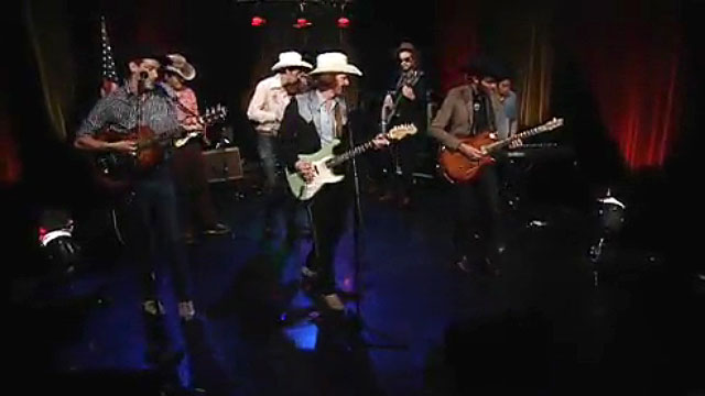 Art Zone Shuffle: Country Lips perform 'Laundromat'