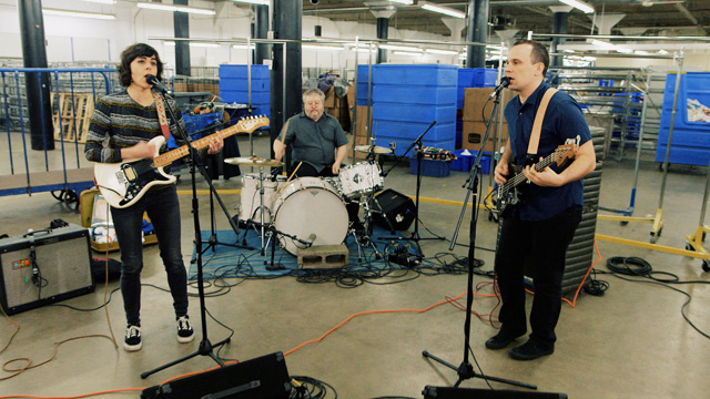 Art Zone: Wimps perform 'Old Guy'
