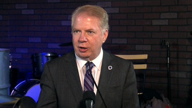 Mayor Ed Murray announces neighborhood funding