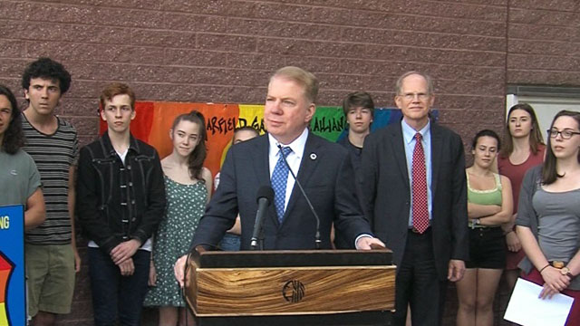 "Mayor Ed Murray announces ""Safe Place"" expansion"