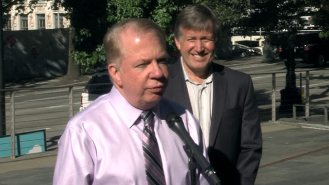 Mayor Murray, Councilmember O'Brien test drive electric car 9/14/16