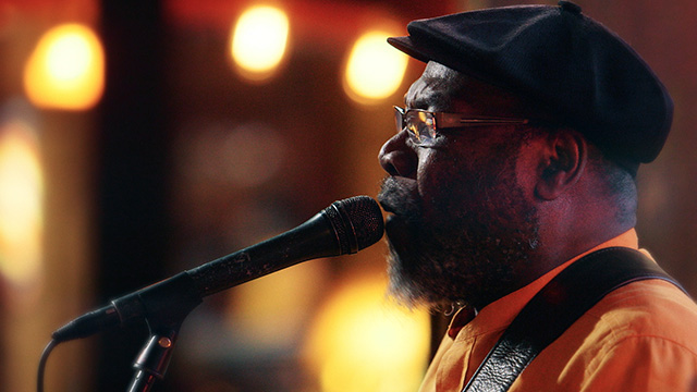 Art Zone: Clinton Fearon and Boogie Brown Band perform 'Waiting'