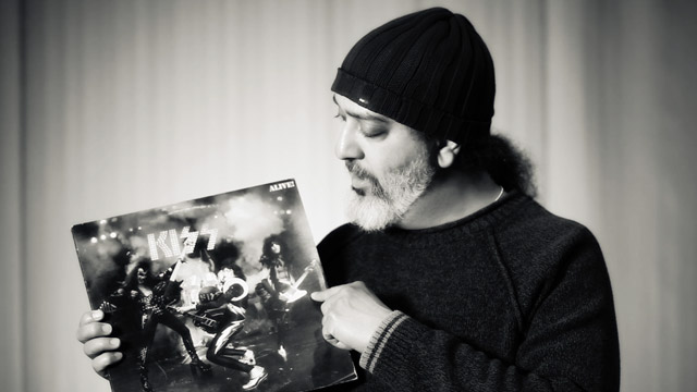 Art Zone: Vinyl Memories - Kim Thayil
