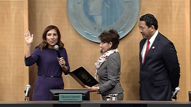 Teresa Mosqueda is sworn-in as Seattle City Councilmember